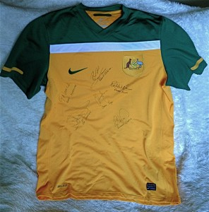 Socceroos shirt signed by West Australian Socceroos